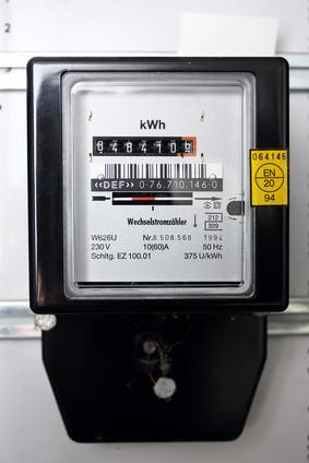 Einspeisezähler - misst die Strommenge, die eingespeist wird